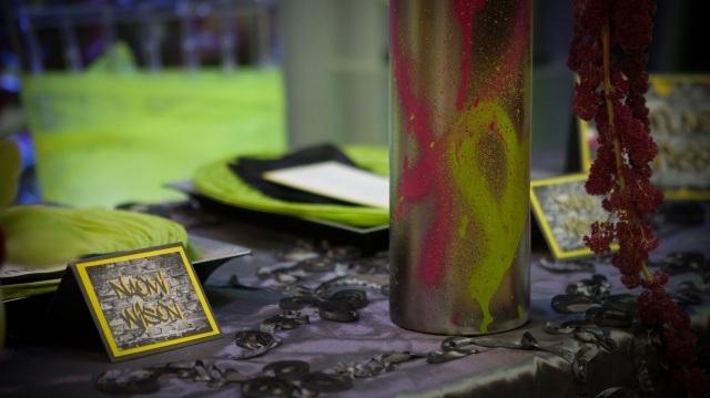 Graffiti place cards 3